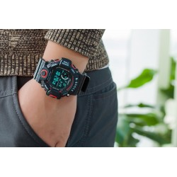 Students Watch
